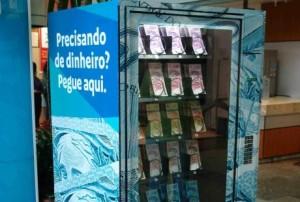 Veris Faculdades - Divulgação de vestibular com distribuição de dinheiro